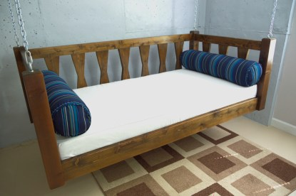 Daybed Swing Bed With Bolster Pillows