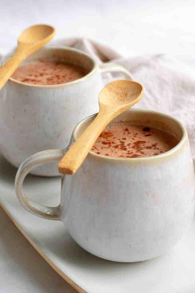 Healthy Hot Chocolate - Vegan, GF & Healthy! Georgie Eats.