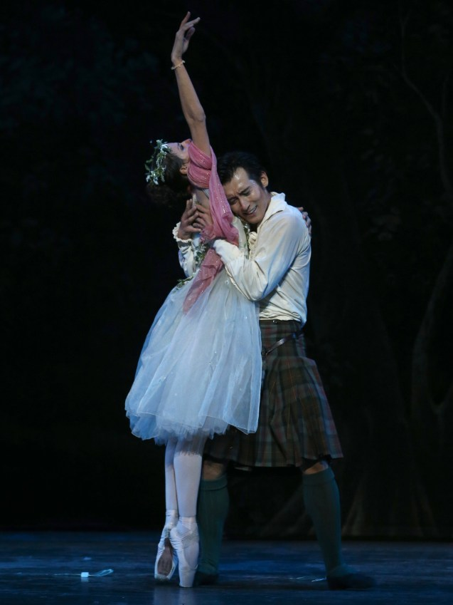 Queensland Ballet's 'La Sylphide' - Principal Dancer Yanela Pinera and Guest Artist Qi Huan. Photo by David Kelly.