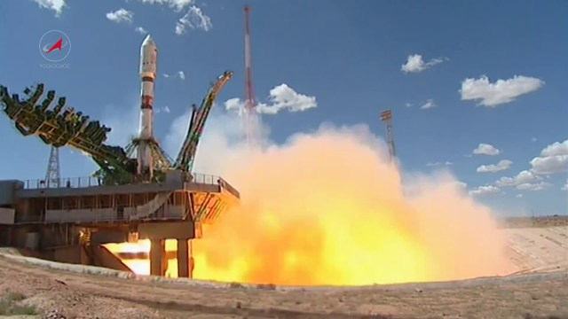 Soyuz Rocket Deploys 73 Satellites