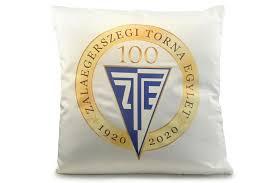 Te is vásárolhatsz ZTE 100 logóval ellátott pólót, bögrét vagy ...