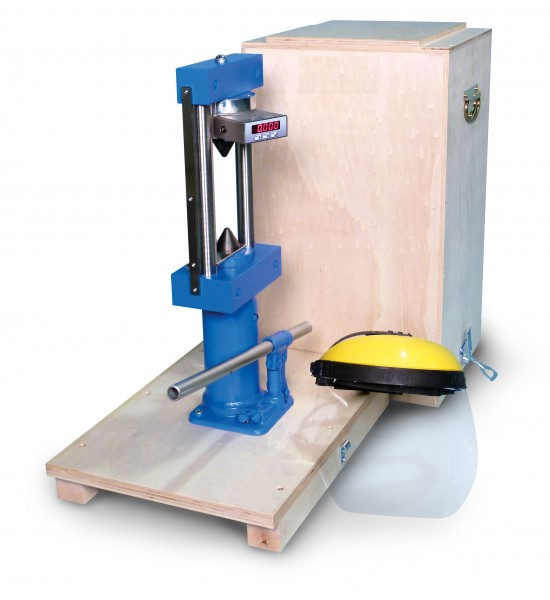 The point tester is used to measure rock strength in the field or in the laboratory. A load frame, hydraulic jack and digital display are mounted on the base of a carrying case.