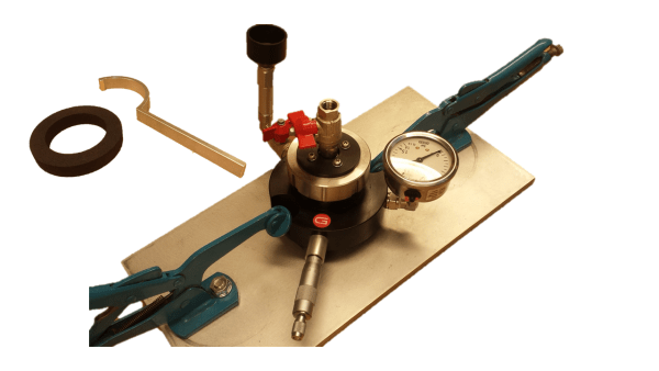 The Water Absorption set measures the penetration of water into the test surface under an applied pressure, can be used to determine the water penetration characteristics of alternative concrete mixtures or surface sealers and also for in-place testing to demonstrate the characteristics of concrete level of permeation.