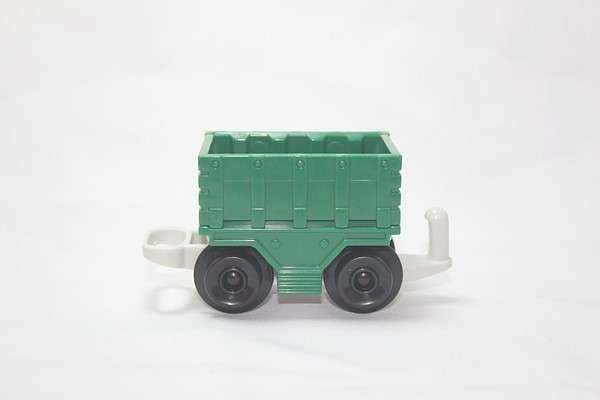 B4343 Freightway Transport Green Cargo car