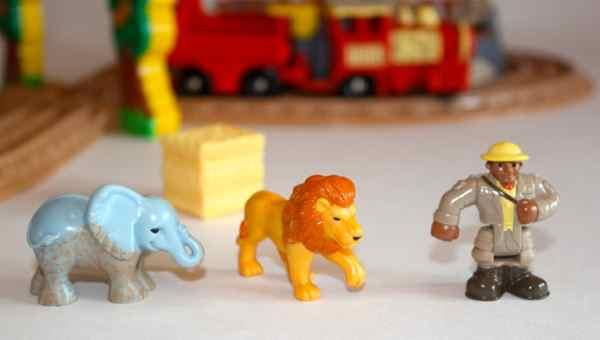 N4799 Zoo figures