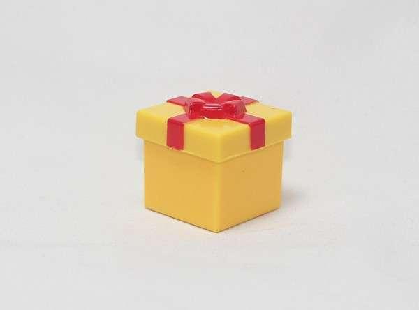 R8249 Yellow Gift