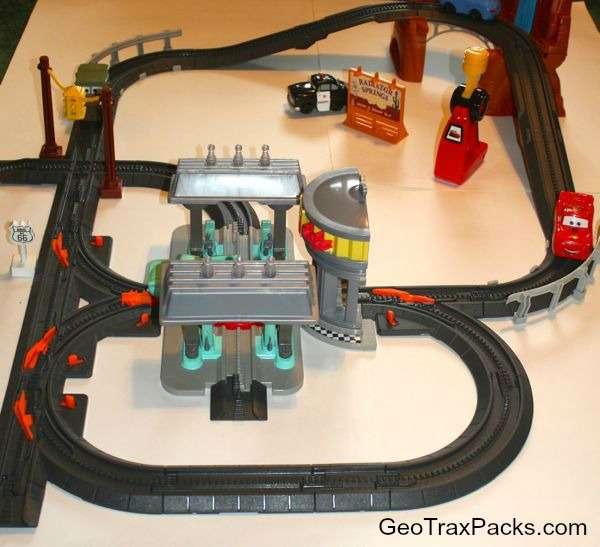 R6357 Radiator Springs Mega Set