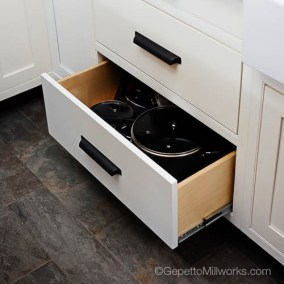 Strong quality rollout cabinet drawrs