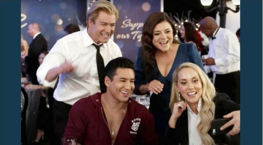 'Saved by the Bell' revival trailer features Mark-Paul ...