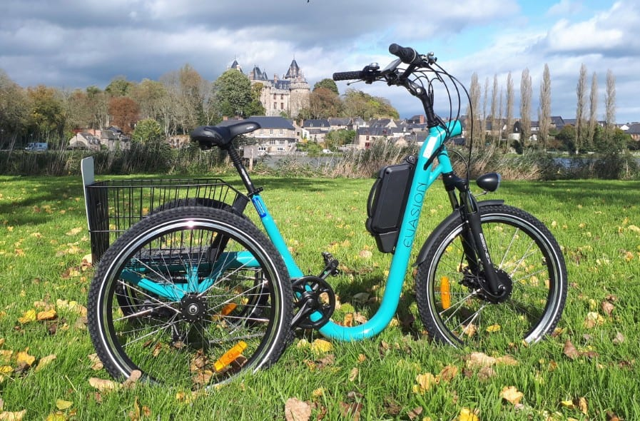 tricycle et velo utilitaire gerald