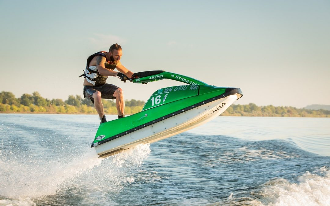 Boating Responsibly on Minnesota Waterways