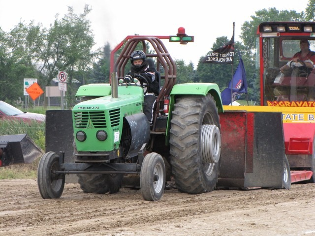 Tractor Pull Sponsors Wanted
