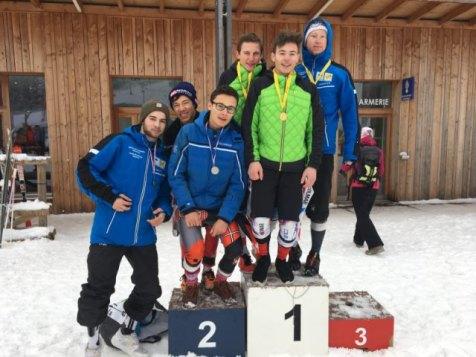 Skieurs du collège/ lycée la Haie Griselle