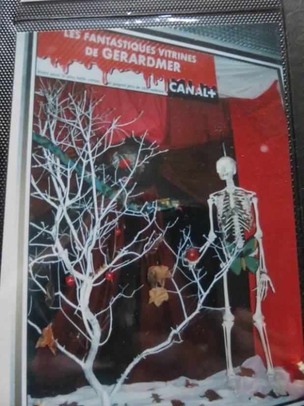 La vitrine du salon a parfois pris des allures fantastiques !