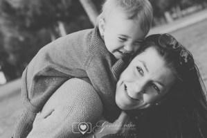 Sesión de fotos de familia exteriores - Fotógrafo Castellon (1)