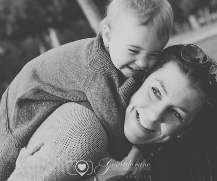 Sesión de fotos de familia exteriores - Fotógrafo Castellon