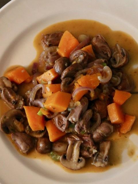 kippenhartjes met pompoen en champignons
