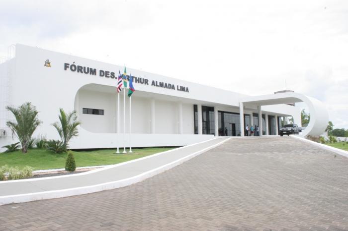 Fórum de Caxias onde ocorrem as sessões do Tribunal do Júri.