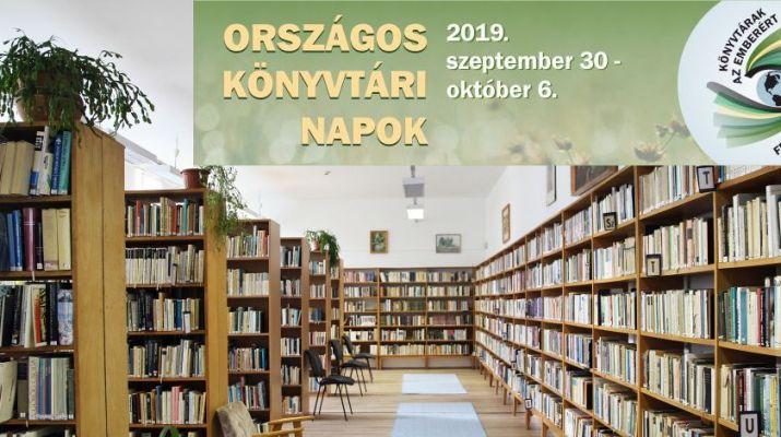 könyvtár könyvtári hetes logóval