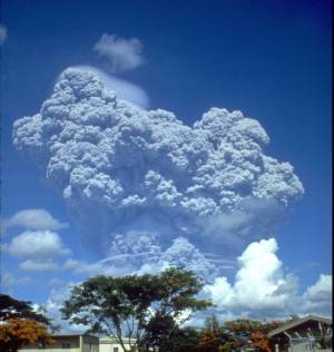 A precursor eruption of Pinatubo, June 1991 (USGS)