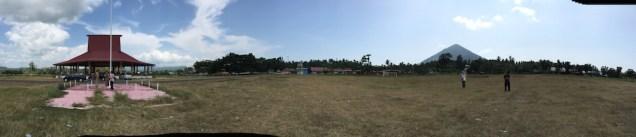 Lapangan Sasadu Lamo, 1 km dari batas utara GMT 2016. Kredit: Avivah Yamani