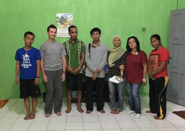 Foto bersama Kepsek dan Guru SMK Informatika di Maba.