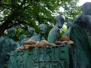Hubertus von Pilgrim 'Todesmarsch'-Skulptur Grünwald (4)