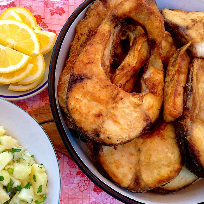 Backed Carp Fish / Пържен толстoлоб рецепта