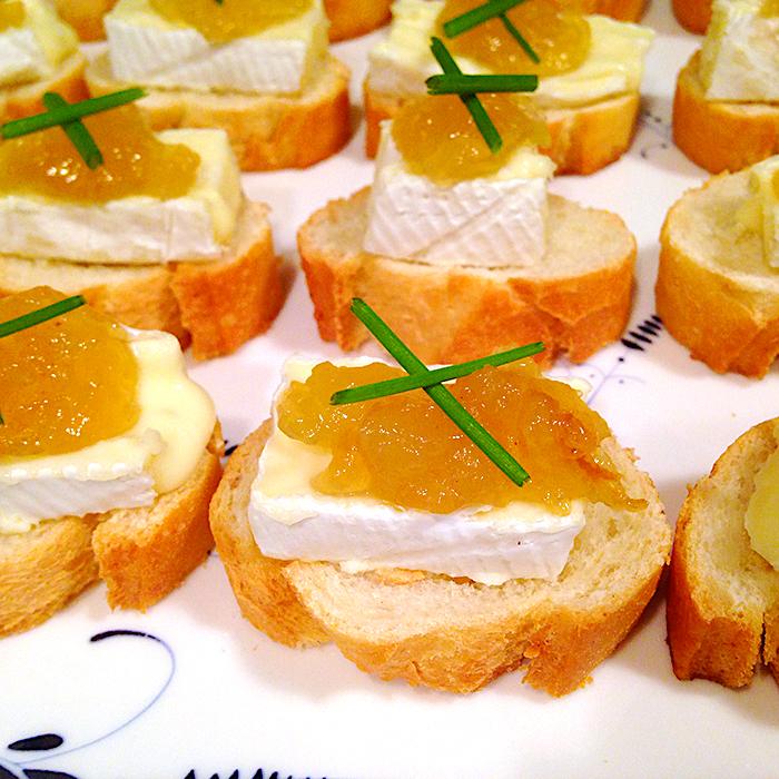 canapés / Коктейлни хапки със сирене Бри рецепта