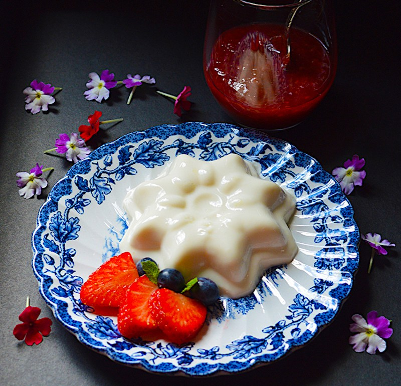 Vegan Strawberry Pana cotta / Ягодова Веган Панакота