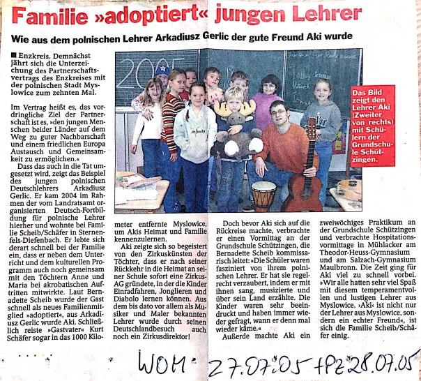Familie adoptiert jungen Lehrer_1
