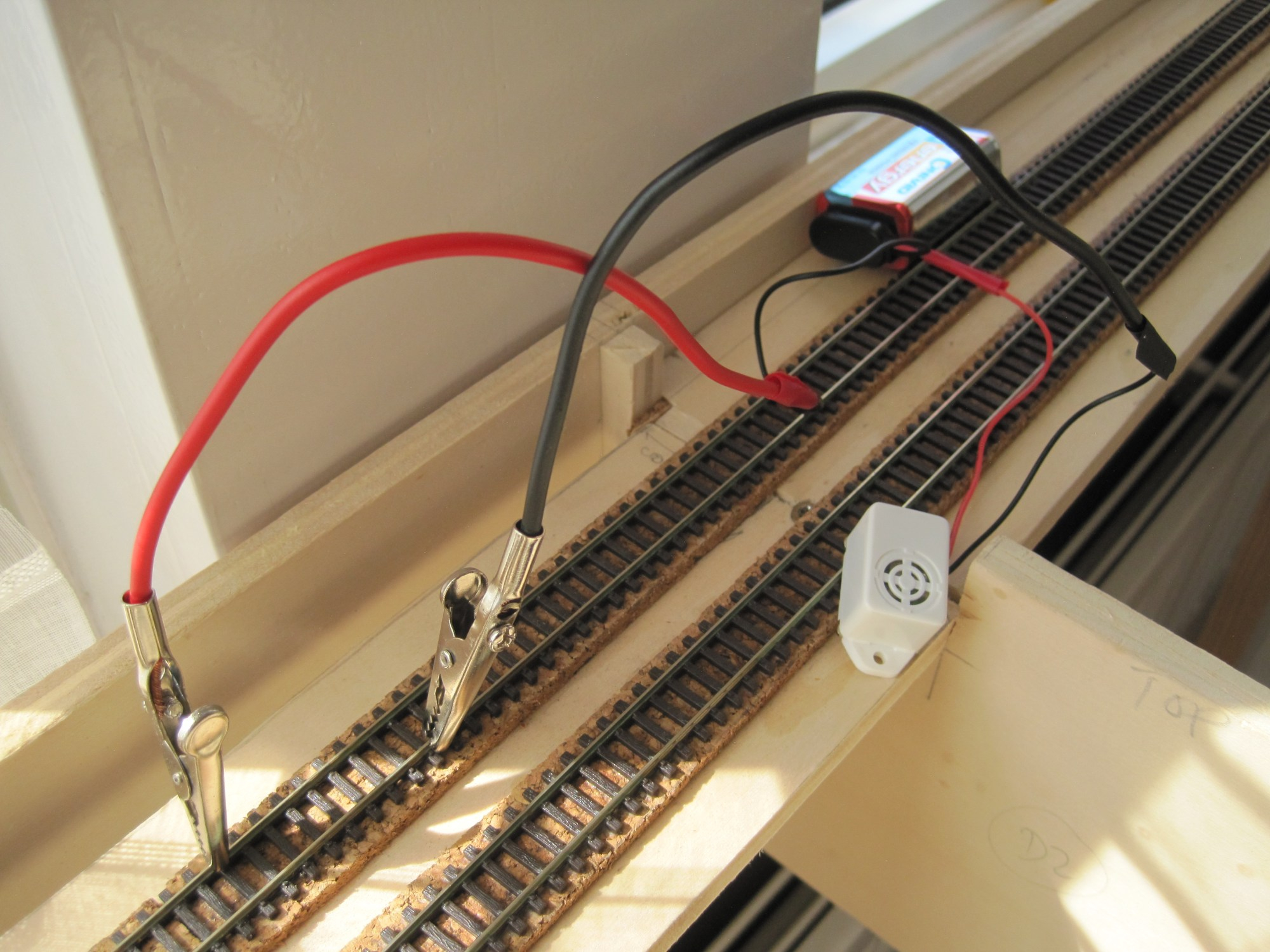 hight resolution of as this was my first time wiring and soldering the connections to the rails i