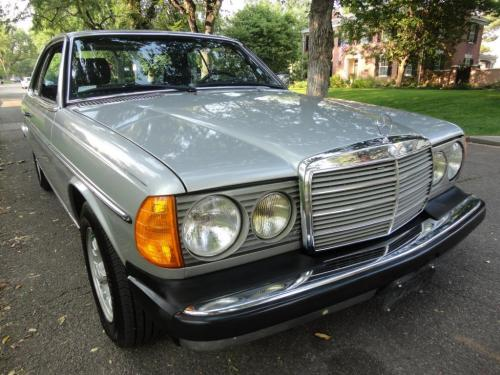 small resolution of 1980 mercedes benz 300cd