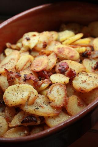 German-Style Fried Potatoes (Bratkartoffeln) – German Culture