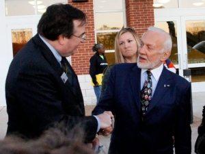Germanna Foundation President J. Marc Wheat greets Germanna descendant Buzz Aldrin