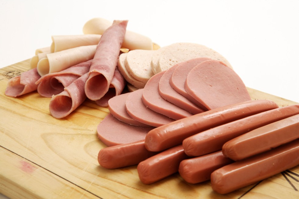 Can Dogs eat deli meat?