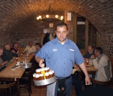 A beer waiter is called a Köbes in both cities