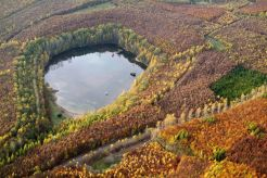 Crater lake at Kruft in the Eifel