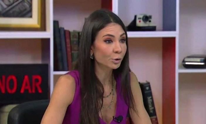 Amanda Klein é hostilizada por telespectadores da RedeTV por seu posicionamento político (Foto: Reprodução)