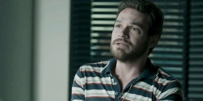 Emilio Dantas (Rubinho) complicará a vida de Zeca em A Força do Querer, que registrou audiência recorde (Foto: Reprodução/Globo)