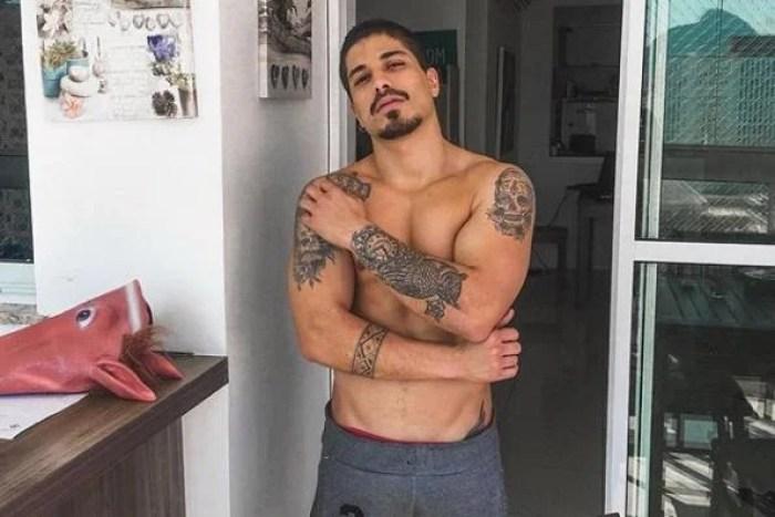 Douglas Sampaio Nude