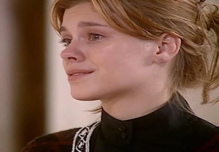 Laços de Família: Edu se abala ao saber que Helena retornou de viagem (Foto: Reprodução)