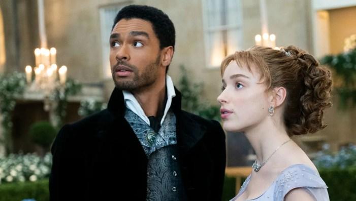 Daphne e Simon em Bridgerton, série da Netflix (Foto: Reprodução)