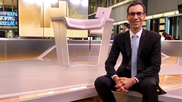 No comando do Jornal Hoje, César Tralli é elogiado pelos telespectadores (Foto: Reprodução)