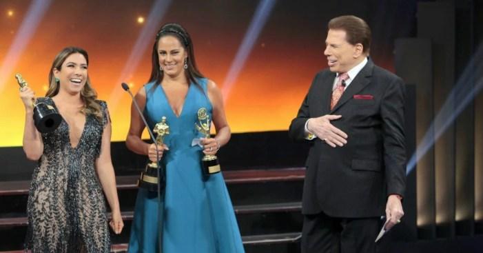 Filhas de Silvio recebendo o Troféu Imprensa (Foto: Reprodução)