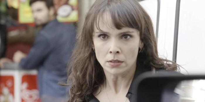 Irene (Débora Fababella) sofre vingança após acabar com Eugênio (Dan Stulbach) em A Força do Querer (Foto: Reprodução/Globo)
