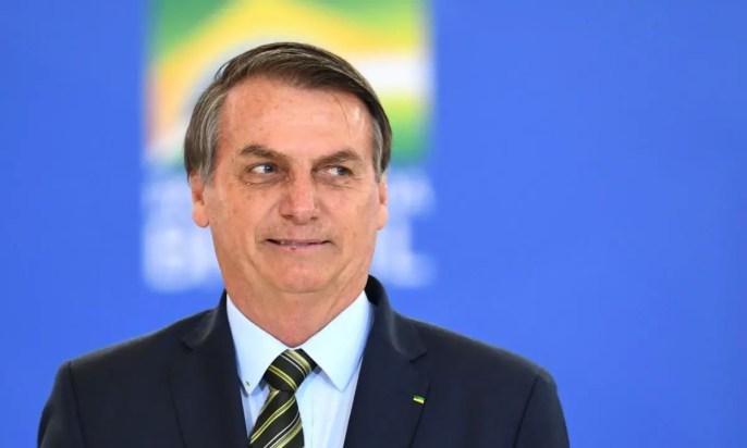 Jair Bolsonaro perde a paciência em entrevista