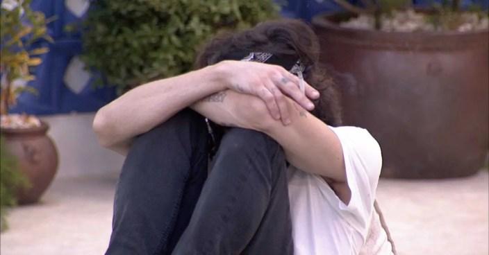 BBB21: Fiuk chora após ganhar o monstro (Foto: Reprodução)