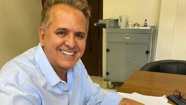Orlando Morais, marido de Glória Pires, está com Covid-19 (Foto: Reprodução)
