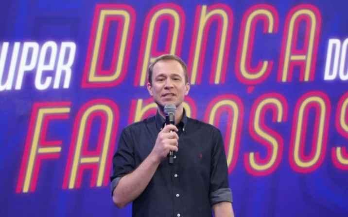 Super Dança dos Famosos com Tiago Leifert